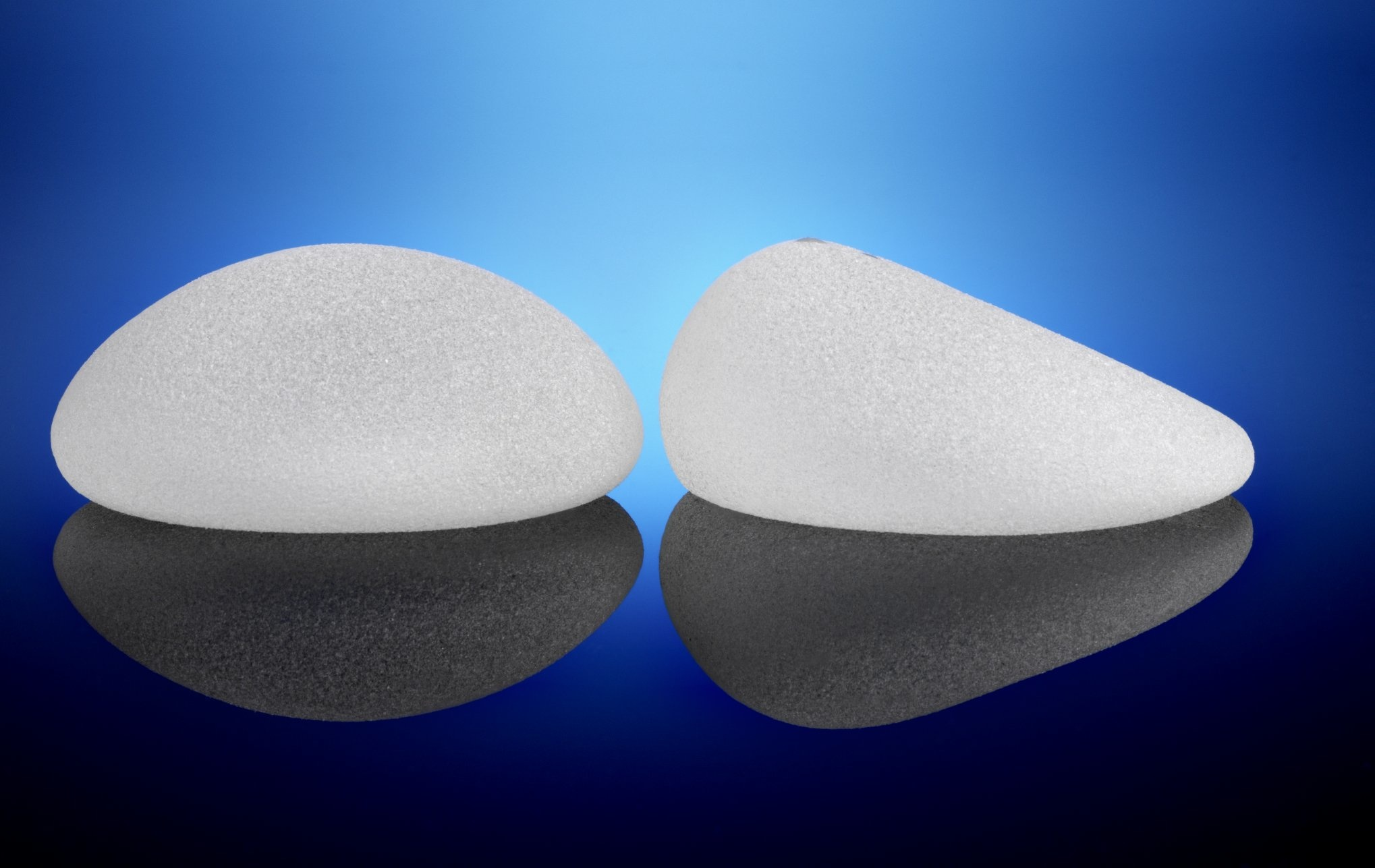 changing breast implants jpg 1200x900
